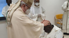 Thánh lễ phong chức linh mục cảm động của cha Livinius, qua đời sau 23 ngày chịu chức