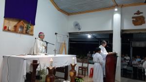 Giáo điểm Côn Sơn: Đức Cha Emmanuel cử hành Phụng vụ Thứ Năm Tuần Thánh