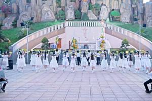 Tin Ảnh : Gx. Vinh Châu: Thánh lễ khai mạc Tháng hoa 2021