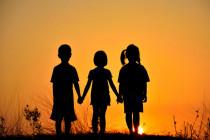 Người trẻ trong tương quan huynh đệ với anh chị em trong nhà