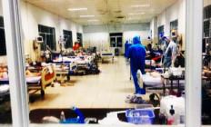 Như Mẹ Maria, con vội vã lên đường: Các tu sĩ trong bệnh viện dã chiến chống dịch