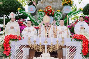 Thánh Lễ Kính Trọng Thể Đức Mẹ Hồn Xác Lên Trời tại La Vang 2021