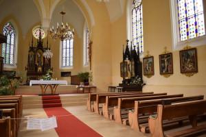 Linh mục - những ngày không có giáo dân trong cơn đại dịch