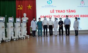 TGM Xuân Lộc và TTHH Đức Mẹ Núi Cúi trao tặng máy thở cho các bệnh viện