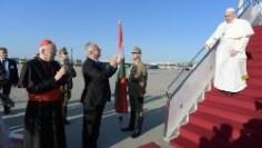 ĐTC Phanxicô rời Roma đến Budapest, bắt đầu chuyến tông du thứ 34 tại nước ngoài