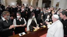 ĐTC gặp các giám mục, linh mục, tu sĩ, chủng sinh và giáo lý viên Slovakia