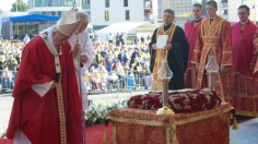 ĐTC cử hành Phụng vụ Thánh Thể lễ Suy tôn Thánh Giá theo nghi lễ Byzantine