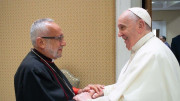 ĐTC Phanxicô gởi thư Hiệp thông Giáo hội với tân Thượng phụ Armeni