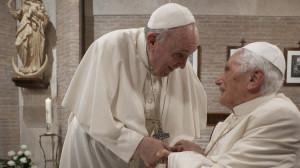 ĐTC Phanxicô viết lời tựa cho sách của Đức nguyên Giáo hoàng Biển Đức XVI