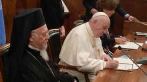 """ĐTC thiết lập chương trình """"Sinh thái và Môi trường"""" tại Đại học Laterano"""