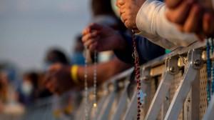 Vatican phổ biến tài liệu giúp các gia đình lần hạt Mân Côi