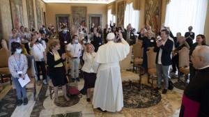 """Đức Thánh Cha tiếp kiến phái đoàn quốc tế của Hiệp hội """"Đức tin và Ánh sáng"""""""