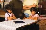 mormon-family-prayer3